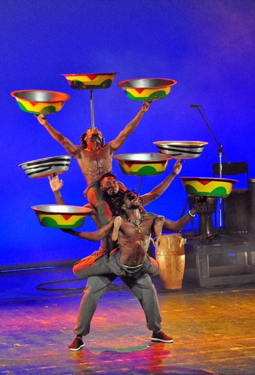 Africa Circus Dance Show